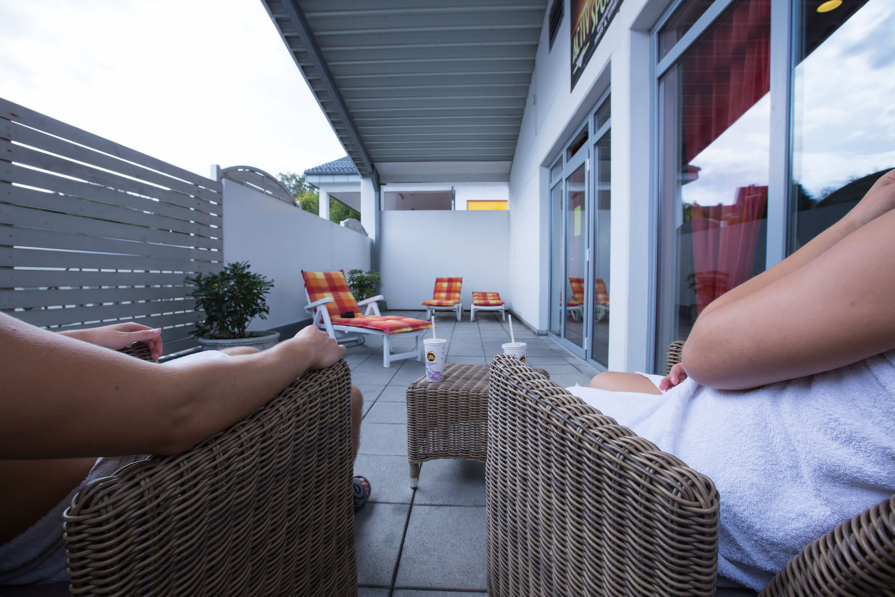 unser wellnessbereich activ sports. Black Bedroom Furniture Sets. Home Design Ideas